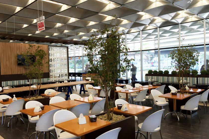 +2 Arquitetura cria espaço arrojado de alimentação e convivência na Eletrosul